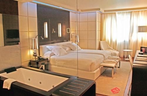 Double or Twin Room Gran Hotel Nagari Boutique & Spa 7