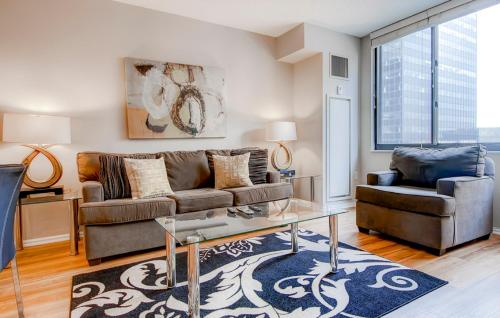 Luxury Apartments blocks away from the Metro-North Station