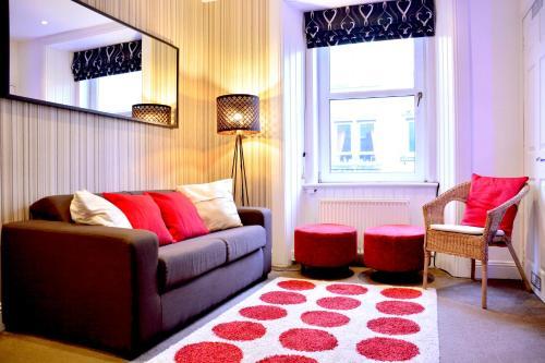 #5 Edinburgh Central Apartment
