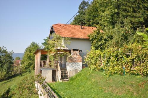 Vineyard Cottage Krstinc, Straža
