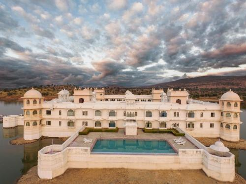 Lake Nahargarh Palace - A Justa Resort