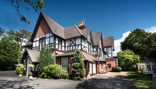 Stay at Langtry Manor Hotel