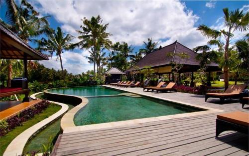 Отель Agung Raka Villa 4 звезды Индонезия