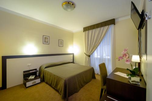 Hotel Boccascena (Bed and Breakfast)