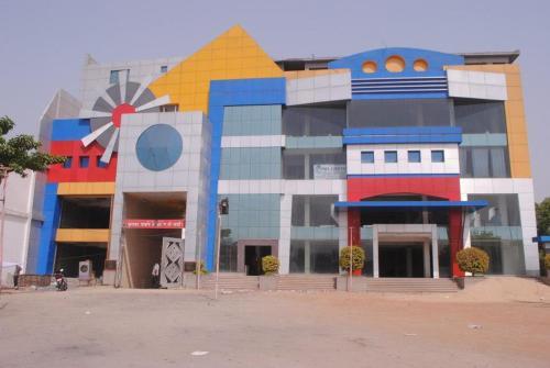 Grand Utsav Motel