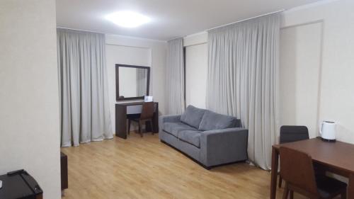 Апартаменты Агмашенебели 30