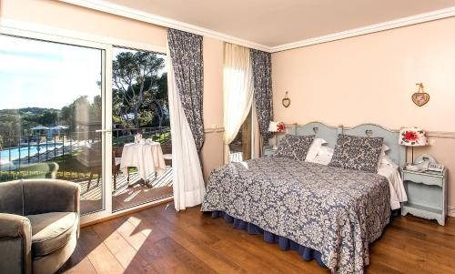Habitación Doble Superior con vistas al mar Hotel BlauMar Llafranch 1