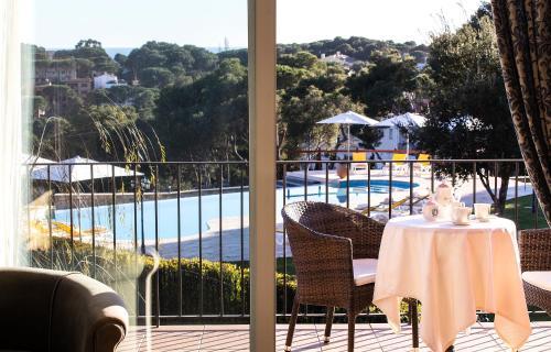 Habitación Doble Superior con vistas al mar Hotel BlauMar Llafranch 3
