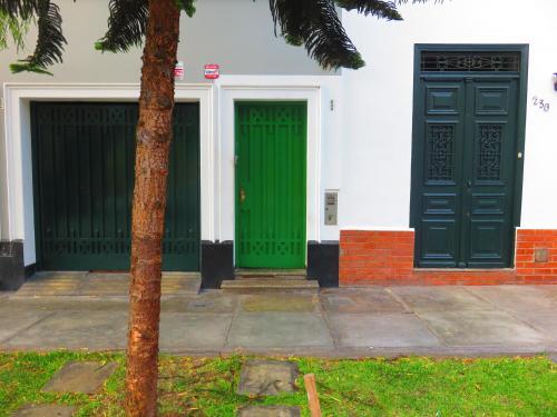 Picture of La Puerta Verde