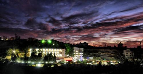Find cheap Hotels in Palestine