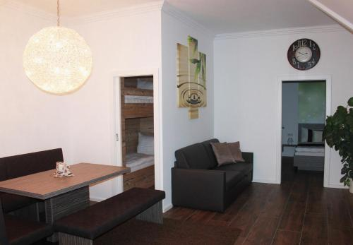 Apartament Deluxe (2 Adults + 2 Nens) (Deluxe Apartment (2 Adults + 2 Children))