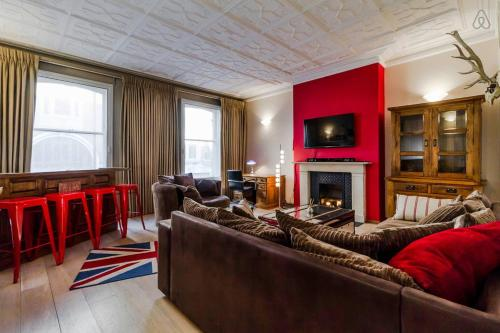 3 bedroom flat Kensington
