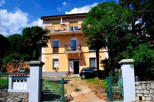 One-Bedroom Apartment in Opatija I