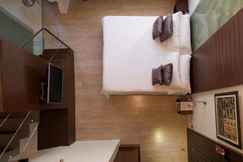 Duplex Junior Suite Hotel Museu Llegendes de Girona 6
