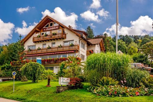 Hotel Neuenfels impression