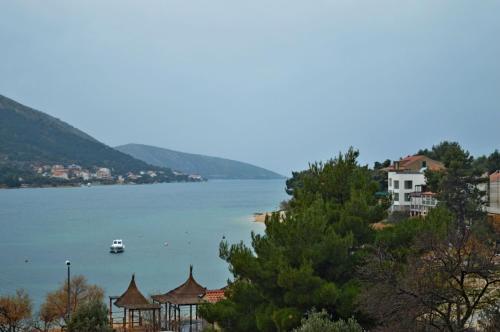 Apartments Villa Jadran 1240
