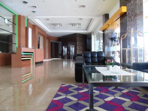 V Hotel Jambi