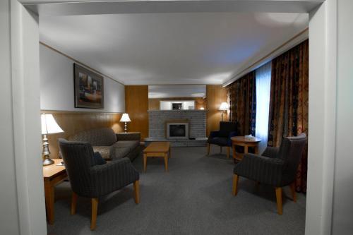 Priceline hotel support number - Restaurants pearl portland