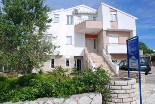 Apartament cu 1 dormitor şi balcon (One-Bedroom Apartment with Balcony)