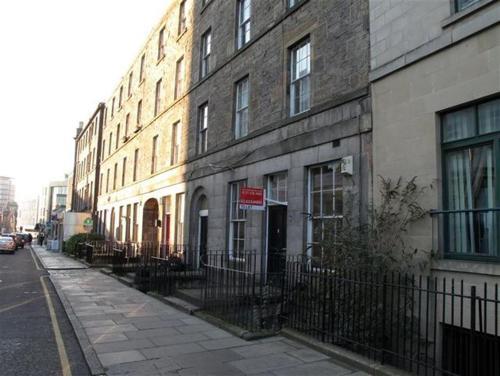 Budget City Centre Apartment