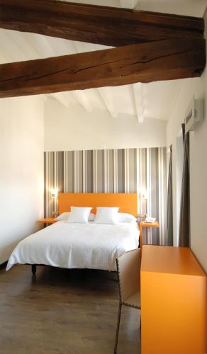 Single Room Hotel Cienbalcones 1