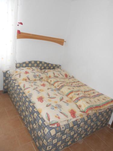 Apartment 299