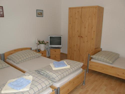 Apartment 55