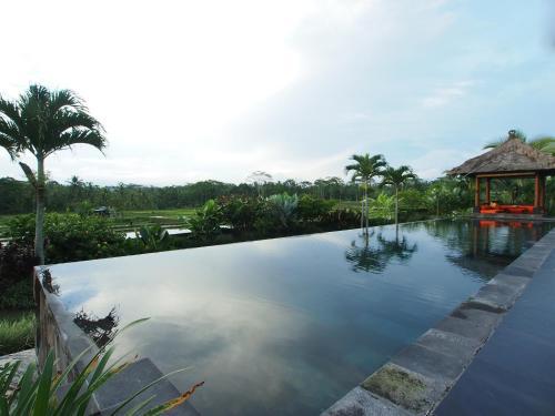 Отель Villa Rumah Lotus 4 звезды Индонезия