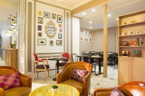 Отель Hotel De La Cite Rougemont 2 звезды Франция
