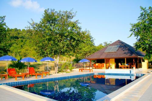 Faasai Resort & Spa front view