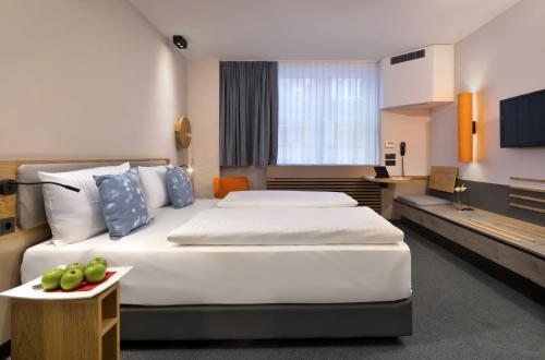 InterCityHotel Frankfurt photo 36