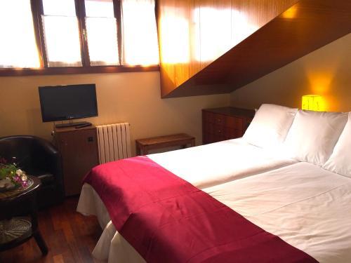Habitación Doble - Ático con acceso al spa Hotel Del Lago 2
