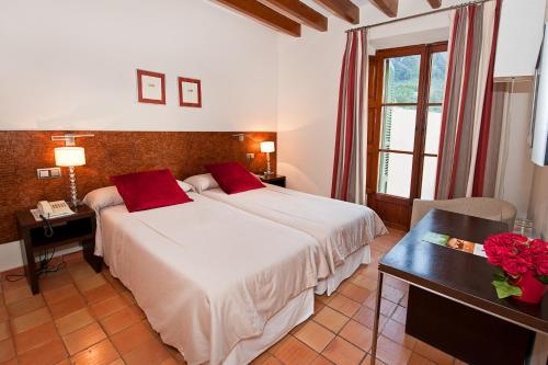 Twin Room - single occupancy Hotel Des Puig 3