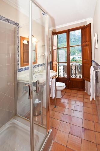 Twin Room - single occupancy Hotel Des Puig 4