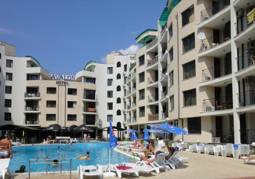 Avalon Freya Apartments