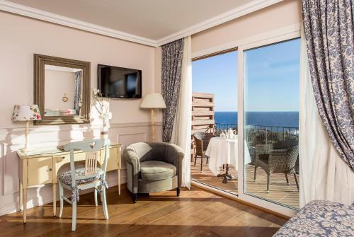 Habitación Doble Superior con vistas al mar Hotel BlauMar Llafranch 2
