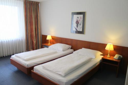 Отель Hotel Acon 3 звезды Германия