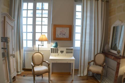 Appartement bordeaux hyper centre location saisonni re for Appartement cathedrale ybh bordeaux