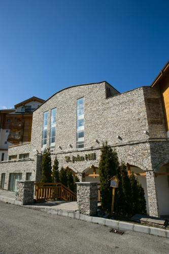 St. John Hill Suites Hotel by Zeus International