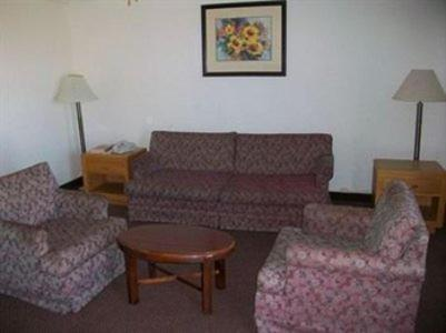 Separate living room Budget Inn and Suites - Big Spring
