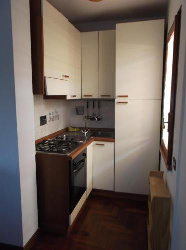 Apartament cu terasă (Apartment with Terrace)