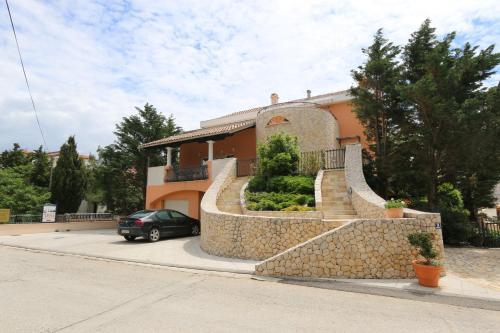 Отель Apartments Skoda 4 звезды Хорватия