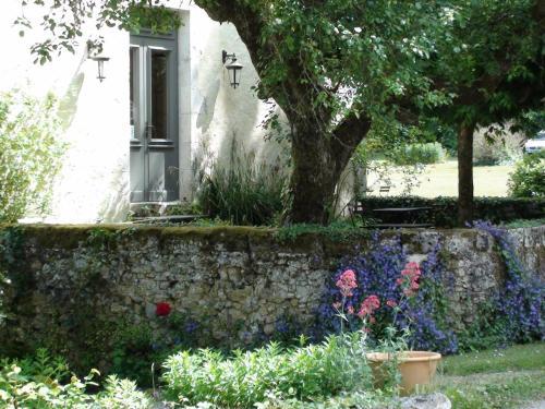 Hôtel Moulin de Larroque