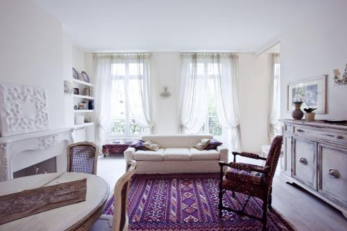 Halldis Apartments - Saint Lazare area
