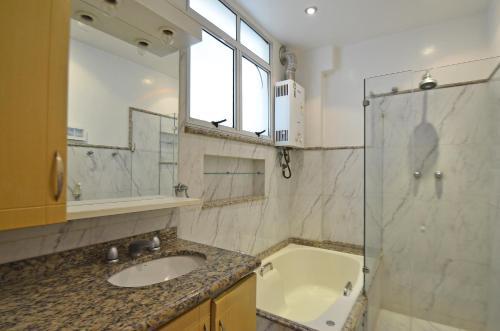 HotelCopacabana PJ 3 Bedrooms Apartment