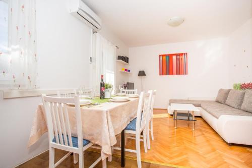 Apartment Danica 717