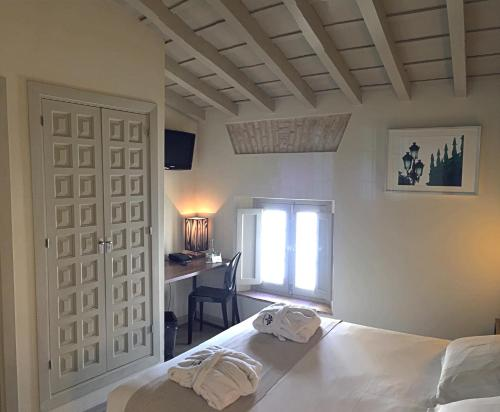 Double Room - single occupancy Hotel Boutique Casas de Santa Cruz 13