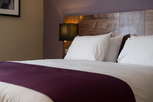 Tinas london guesthouse | hotel details | bed and breakfasts guide.