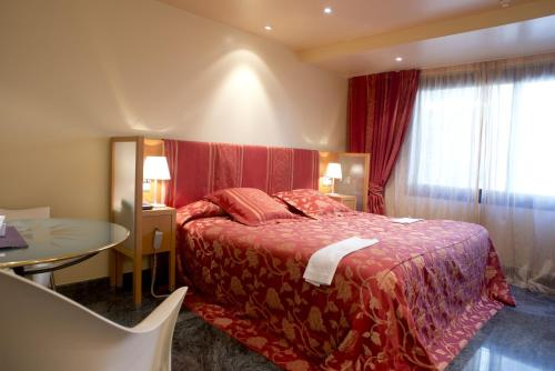 Junior Room - single occupancy A Casa Canut Hotel Gastronòmic 3