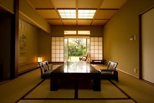 Отель Hanare Kitaoka 4 звезды Япония